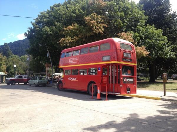 Onibus usado no city tour em San Martin de Los Andes