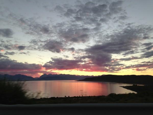 Pôr do sol no Lago Nahuel Huapi
