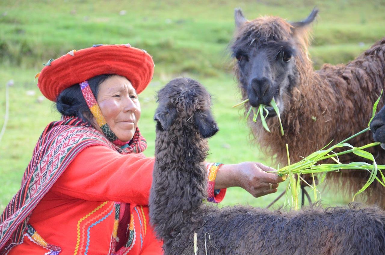 Cena típica no Peru
