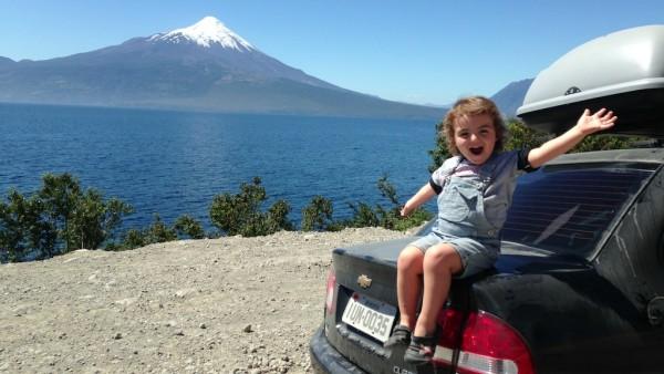 Felipe, o Lago LLanquihue e o Vulcão Osorno