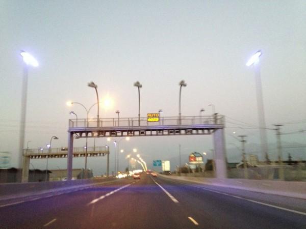 Cobrança automatizada de pedágios nas autopistas de Santiago