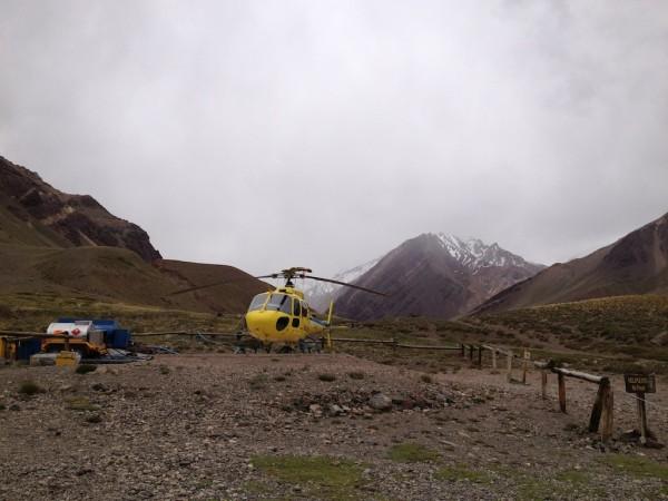 Helicóptero de resgate no Parque Provincial Aconcagua