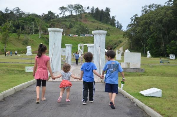 Passeando no Parque das Esculturas