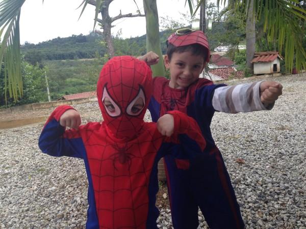 Os homens aranha!