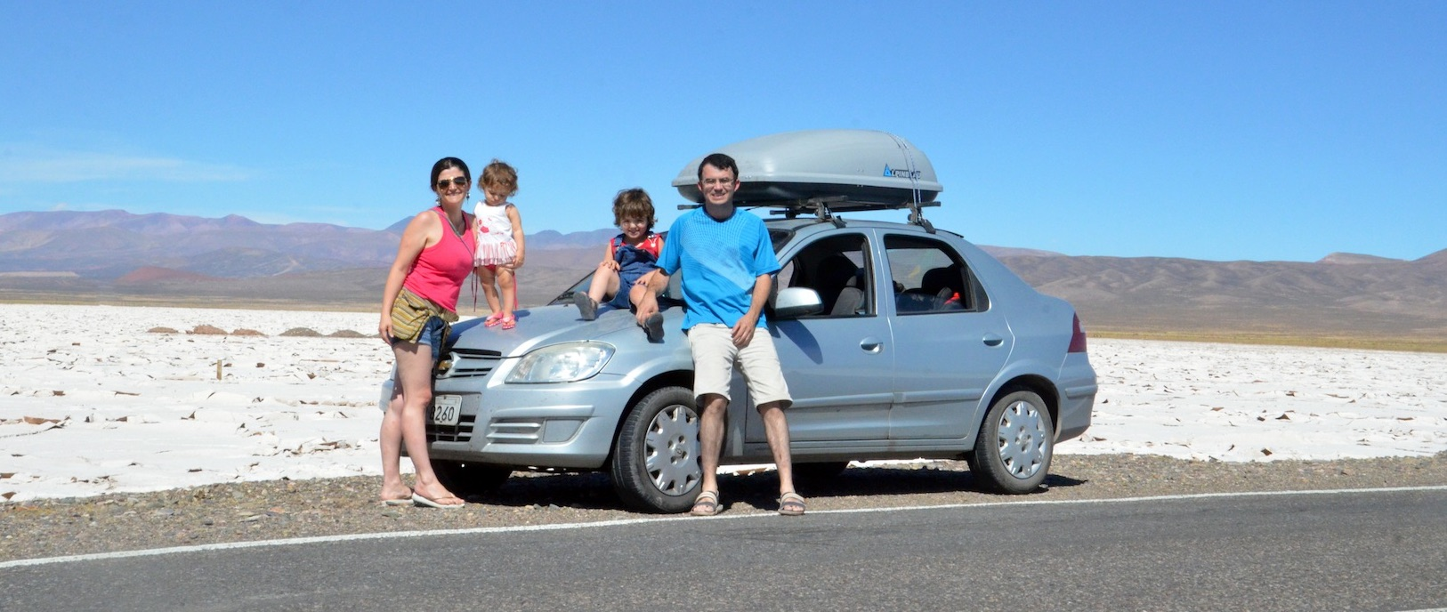 Nós somos Alexandre, Rosângela, Felipe, Isabela e Rafael. Moramos em Pelotas/RS - Brasil.